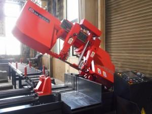 アマダマシンツール製 『HFA400』